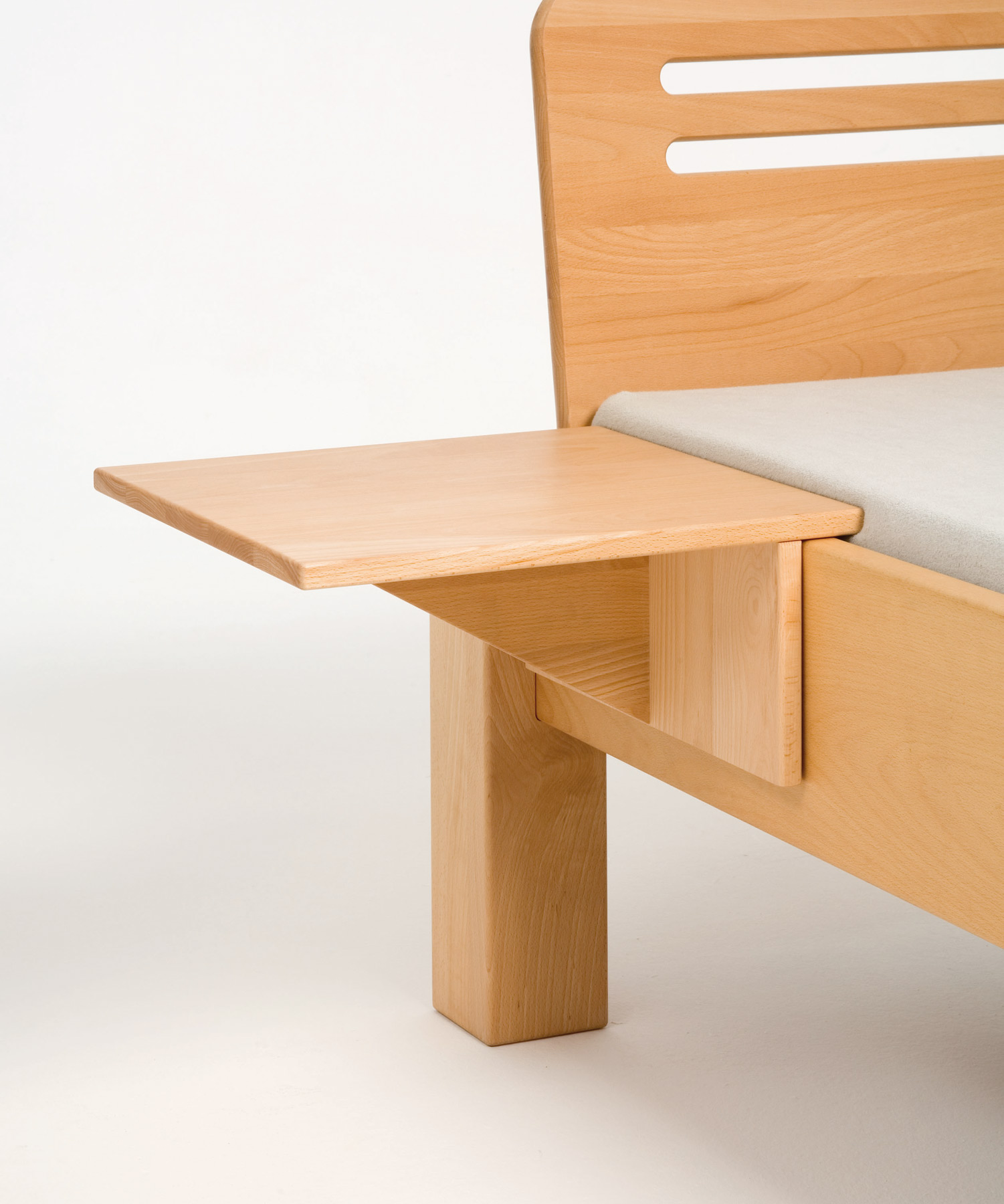 bedside table l shape metal free purenature. Black Bedroom Furniture Sets. Home Design Ideas